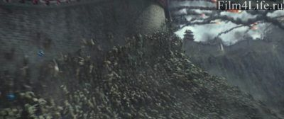 Орда Таоте лезут на стену (фильм «Великая стена»)